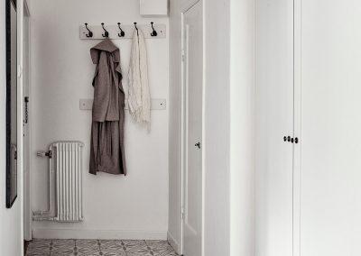 Palmblad - gråvit / http://www.kvarteretmakleri.se/
