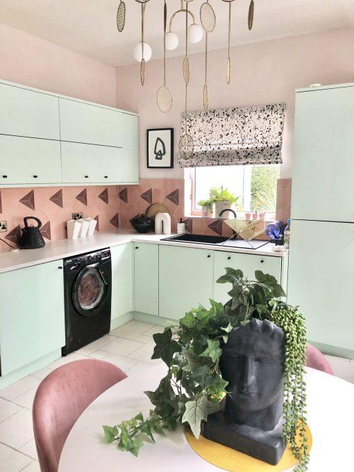 @Nudeandthenovice Casa - guava/maroon
